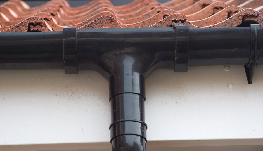 fitting new guttering and fascias in Worcester Worcestershire